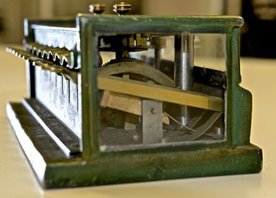 A side view of the Schwilgué's machine in Zurich (Courtesy of the Swiss Federal Institute of Technology)