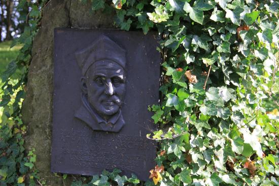 Athanasius_Kircher_Monument_Geisa