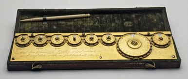 The calculating machine of Jacob Auch (© Boerhave museum, Leiden, Netherlands)