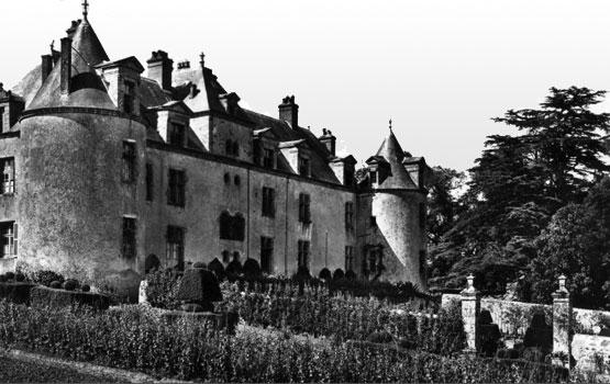 Castle of Boistissandeau (Château du Boistissandeau), a postcard from the beginning of 20th century