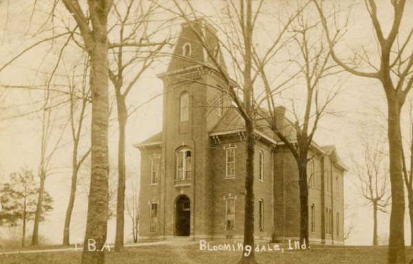 Western Manual Labor School in Bloomingdale, Indiana (it was renamed to Friends Bloomingdale Academy in 1862), a photo from the beginning of 20th century