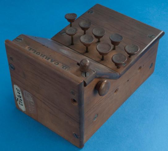 David Carroll's Adding Machine (© Smithsonian National Museum)