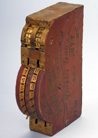 Milton Hinkle's adding machine (© National Museum of American History, Washington, D.C.)